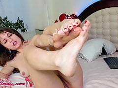 Teen Masurbate Pussy & Footjob Dildo Waiting for Her Husband