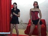 Czech ladies show a double lapdance and BJ