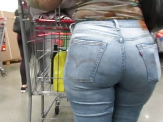 Sexy pawg jeans shopping...