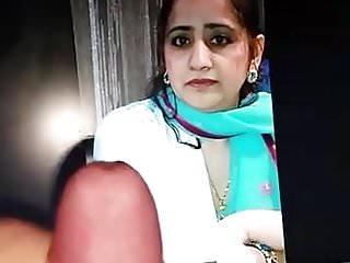 Dirty muslim pakistani whore...