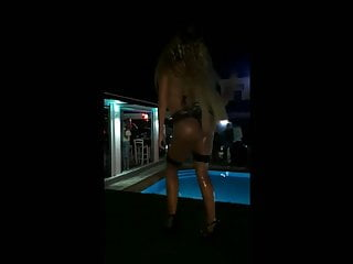 Anastasia Giousef hot dance