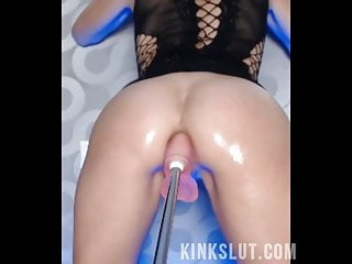 Multiple Squirting Orgasms on A Fuck Machine - KINKSLUT.com