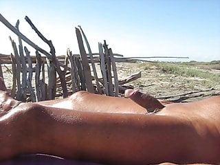 Sabato pomeriggio di sole e mare per il mio cazzo italiano