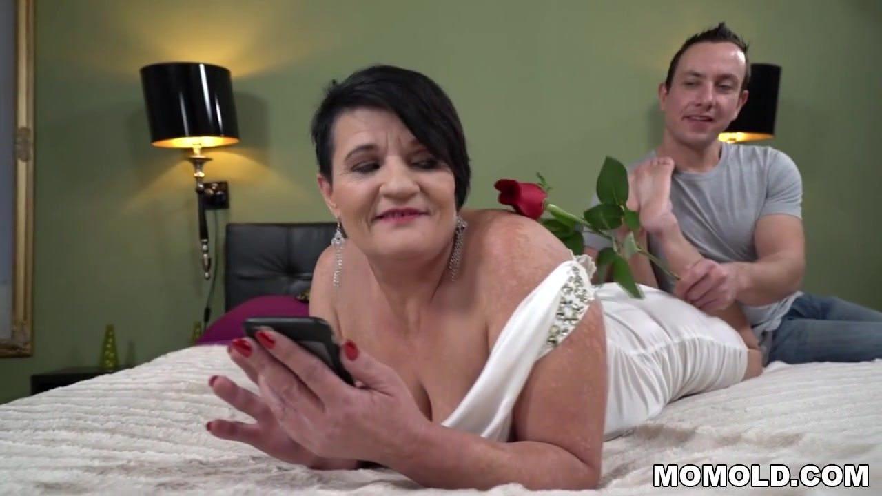 golie-teti-video-ih-seks