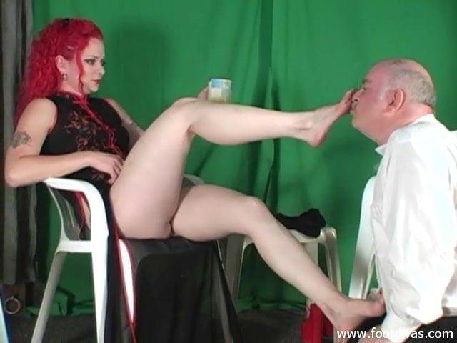 red head foot fetish pics