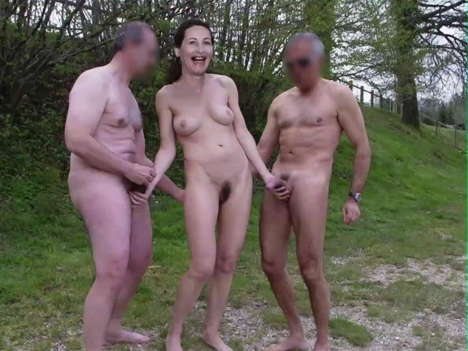 round ass hips hot girls nude