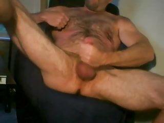 Butch bear jacking off...