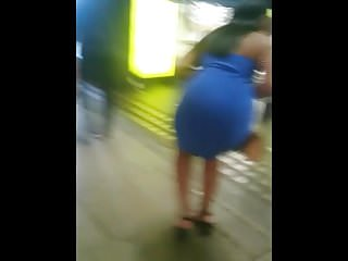 Candid Desi Indian Beautiful girl – Great Spherical Jiggly Butt Firm Gown
