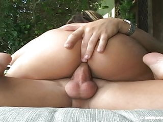 Crissy moran hardcorefootsex footjob poolside hd 720p...