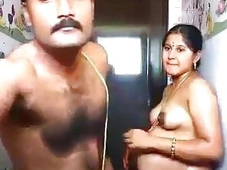 Mom Pussy Wife video: Indian aunty sex with her husband