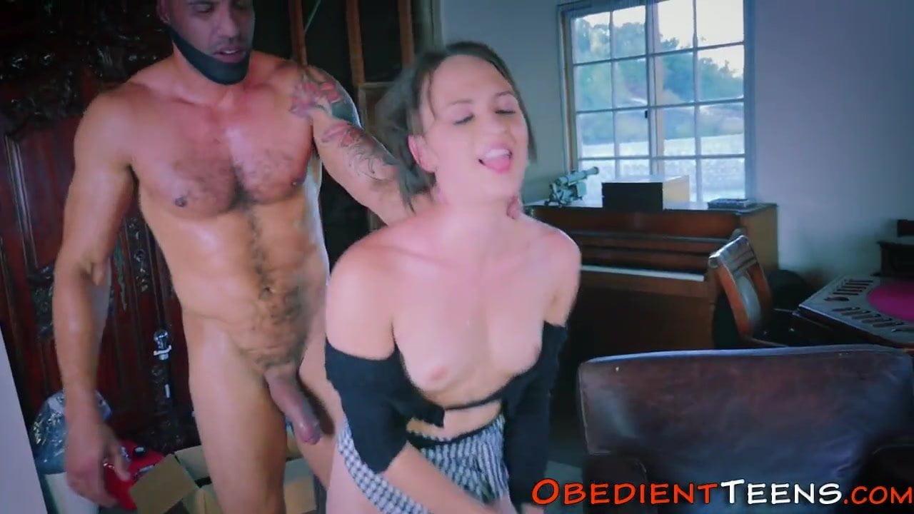 Obedient Teen For Pervert Old Man F70 Slave Pervert Teen