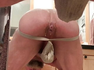 Papa's Cum dominating all the other guy's cum