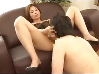 Asian milf facesitting...