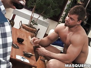 Real alpha male Brad shows his muscles while jacking off