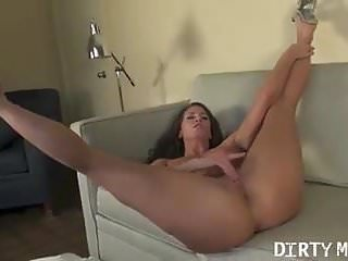 Porn Superstar Ariel X Masturbates