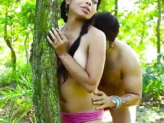 इंडियन कैमलोटो चूत