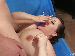 Big Tits BBW Bunny De La Cruz Mounts a Long Cock
