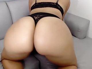 Huge sexy big amazing ass 3...