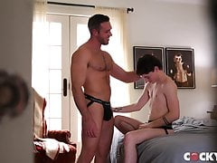 twink(cole)  admires muscle stud ( alex) free full porn