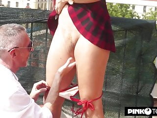 Melo Raul's ass Valentina breaks