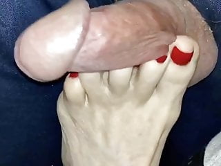 WIFE USING HER ROUGH FEET ON MY COCK