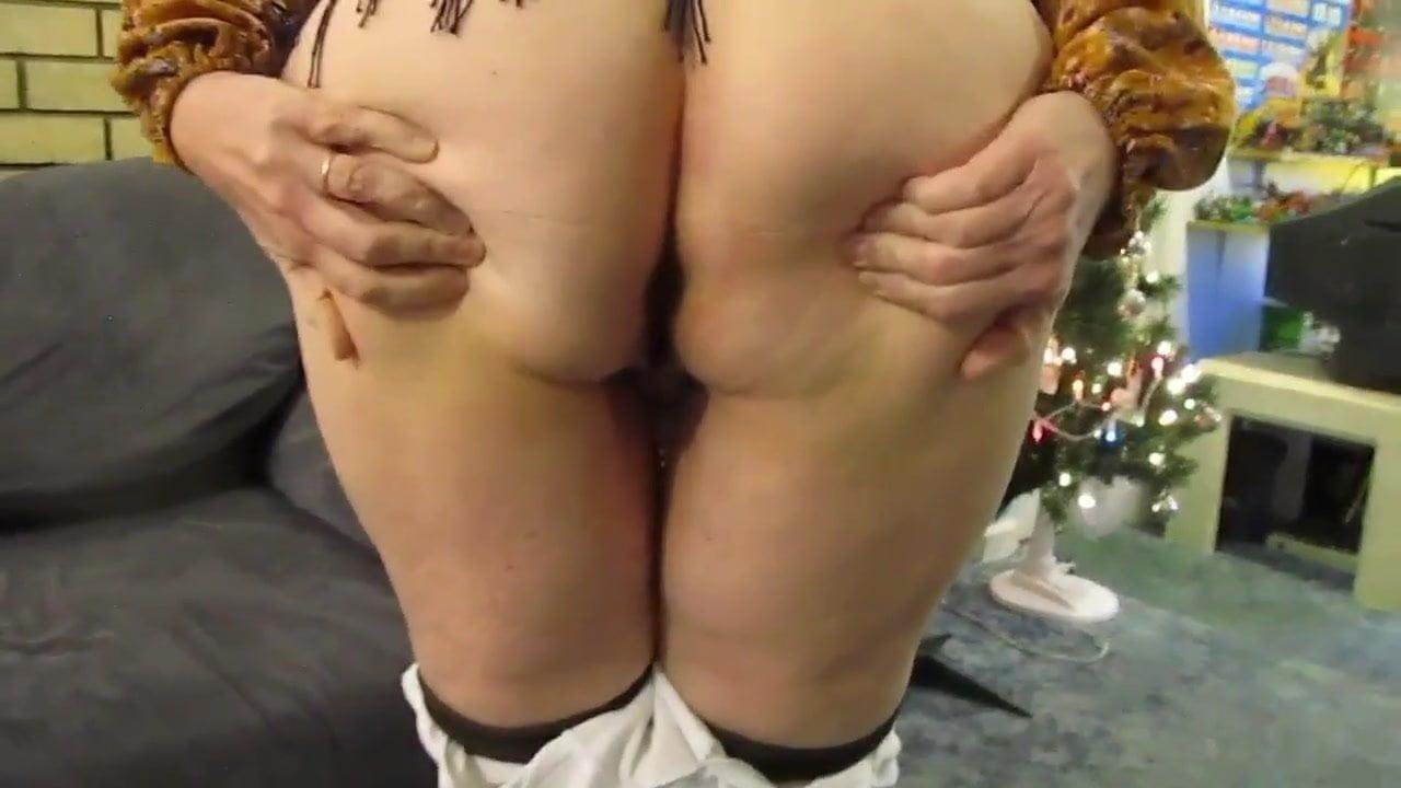 She Makes Him Cum Inside