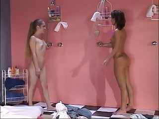 Kate South Serena shower hot with and Kaptive