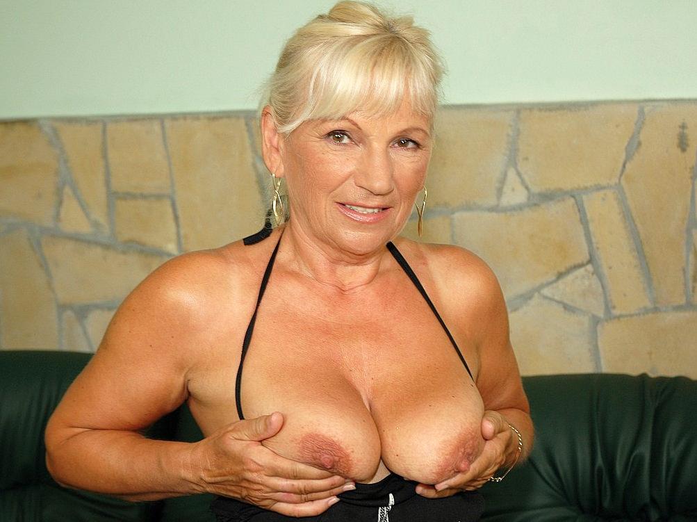 Mature Blonde Bbc Blowjob