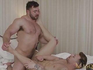 MASQULIN Huge Muscular Stud Derek Bolt Breeds Igor Romani
