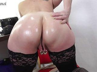 La casalinga tedesca trafitto pesantemente trafitto si masturba