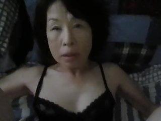 Doing best friend's mom in silence (POV Japanese)