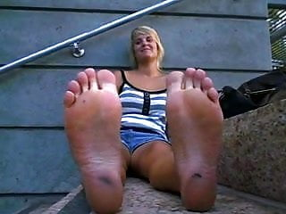 CSS Long Hot Day...Stinky Feet Time