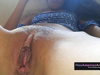 Puta Venezolana se masturba para ti