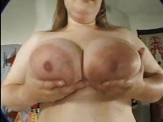 amys huge boobs