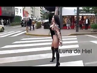 en quiere Perra que  modelo Peru ser La