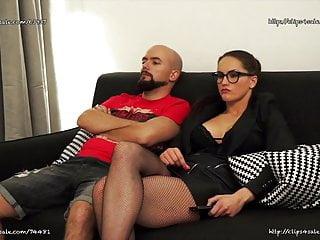 Massage Femdom Handjob video: BarbaraBieber - Dick Manager Handjob Ignore