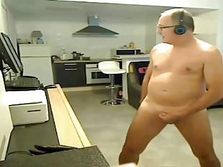 Nudiste...