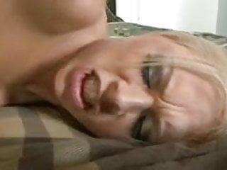 Katie Kox goes Cuckold