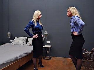 Lesbians bed scissoring catfight fight femdom...