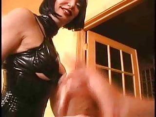 Two mistress shot...