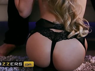 Naomi Swann Keiran Lee - For Your Pleasure - Brazzers