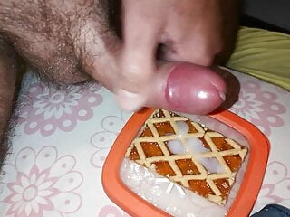 Cicci77 makes a big cumshot all to eat for breakfast