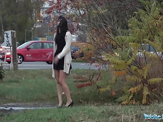 Public Agent Coco Kiss Repair My Automobile and Banged My Vagina