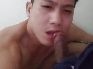 chinese guy sucking friend on webcam (1'17'')