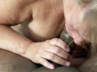 Milf suck 9 inch BBC