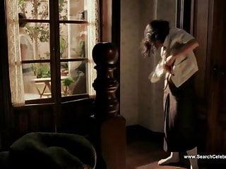 Lucia Bravo nude - Frida (2002)