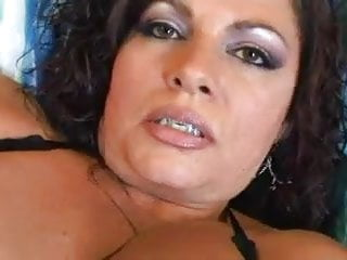 Carmelita Lopez