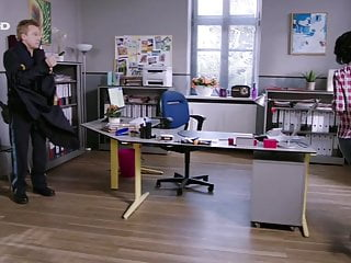 Marisa Burger (Stockl) - Jeans-Arsch, Butt - Bild 3