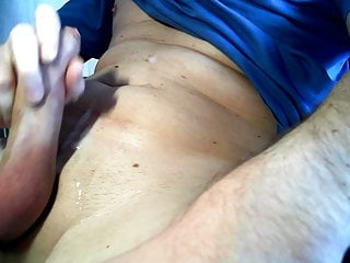 سکس گی Reggeli elvezes masturbation  hungarian (gay) hd videos handjob  gay handjob (gay) gay cumshot (gay) big cock  amateur