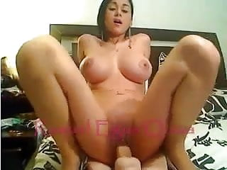 Peruvian goddes masturbating on cam.